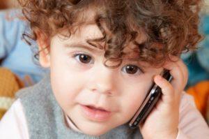 امواج موبایل و اثر آن ها بر مغز کودکان و نوجوانان