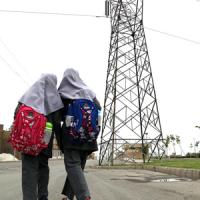 افرادی که در مجاورت دکل های برق زندگی می کندد، خطر بیشتری سلامتیشان را تهدید می کند.